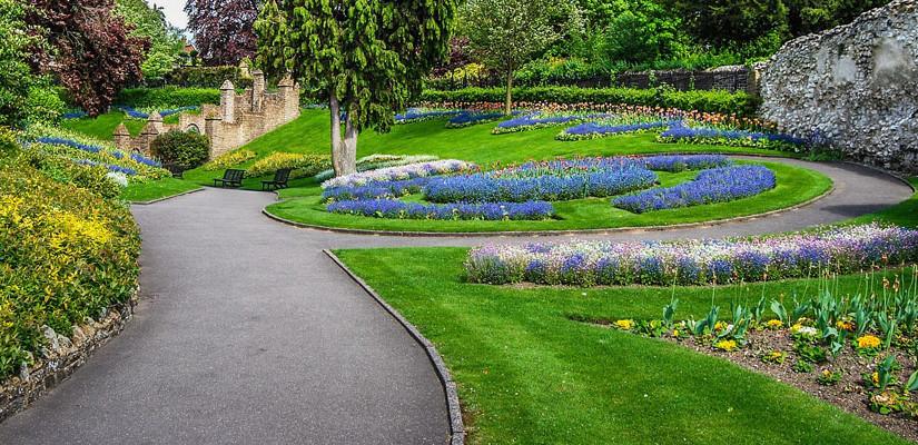 Progettazione di giardini: perché rivolgersi a un esperto